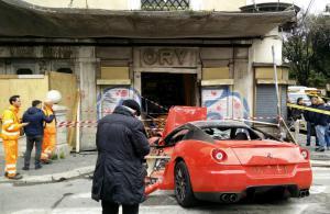 Ferrari 599 GTB Driver Crashes into a Shop In Rome